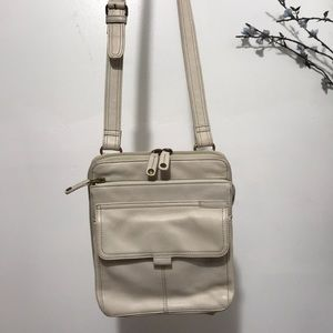 Fossil women Leather Crossbody Bag Color Off white